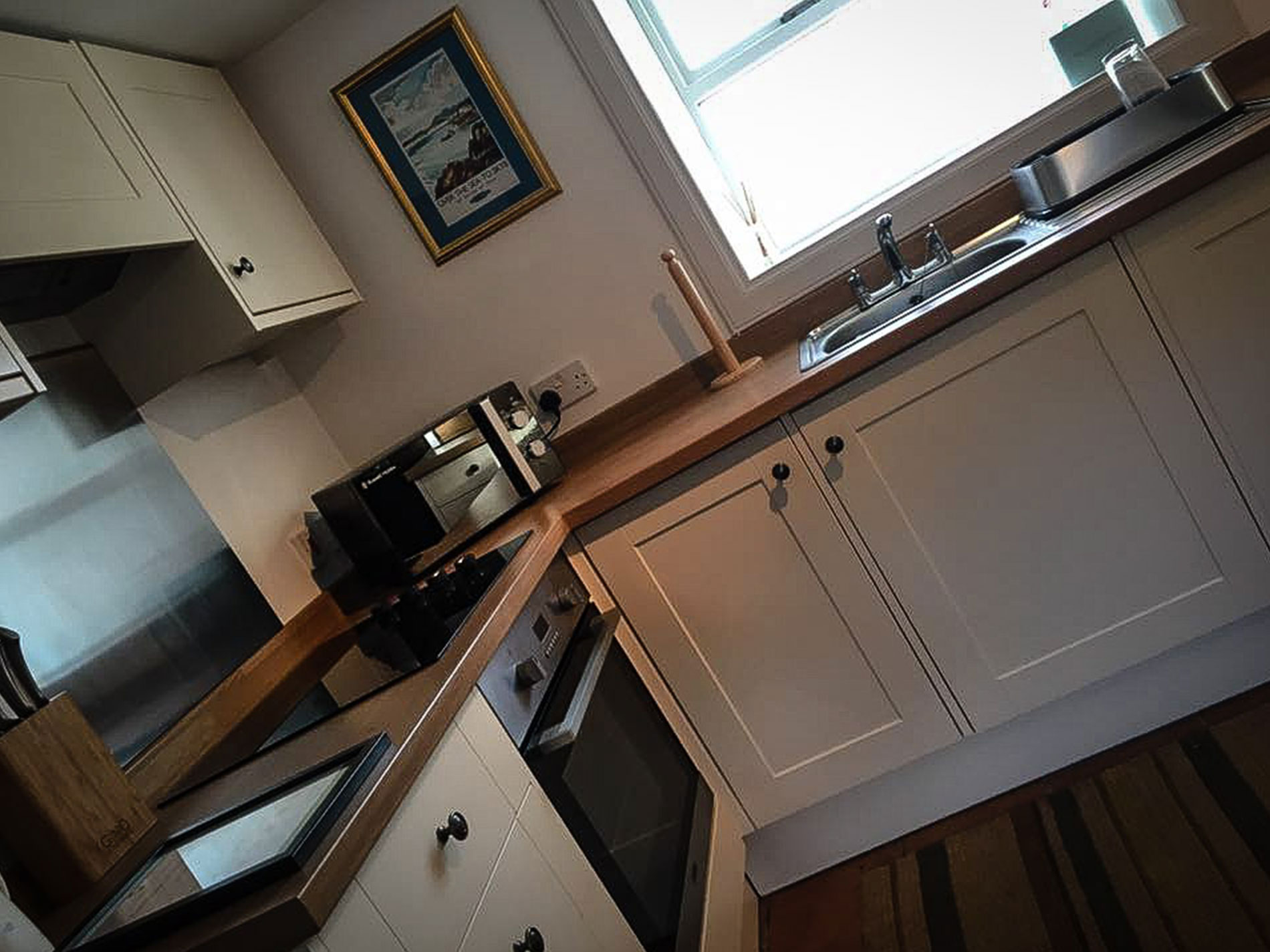 Curlews Nest Self Catering Kitchen